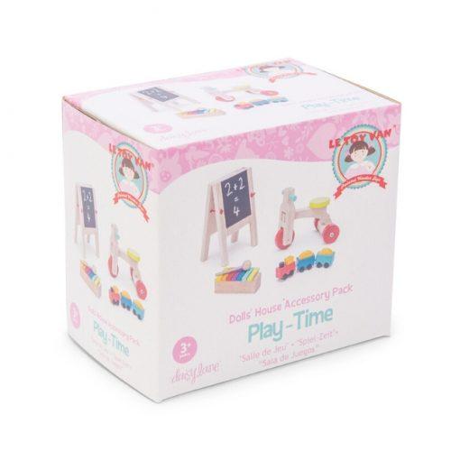 houten speelgoed voor poppenhuispoppetjes
